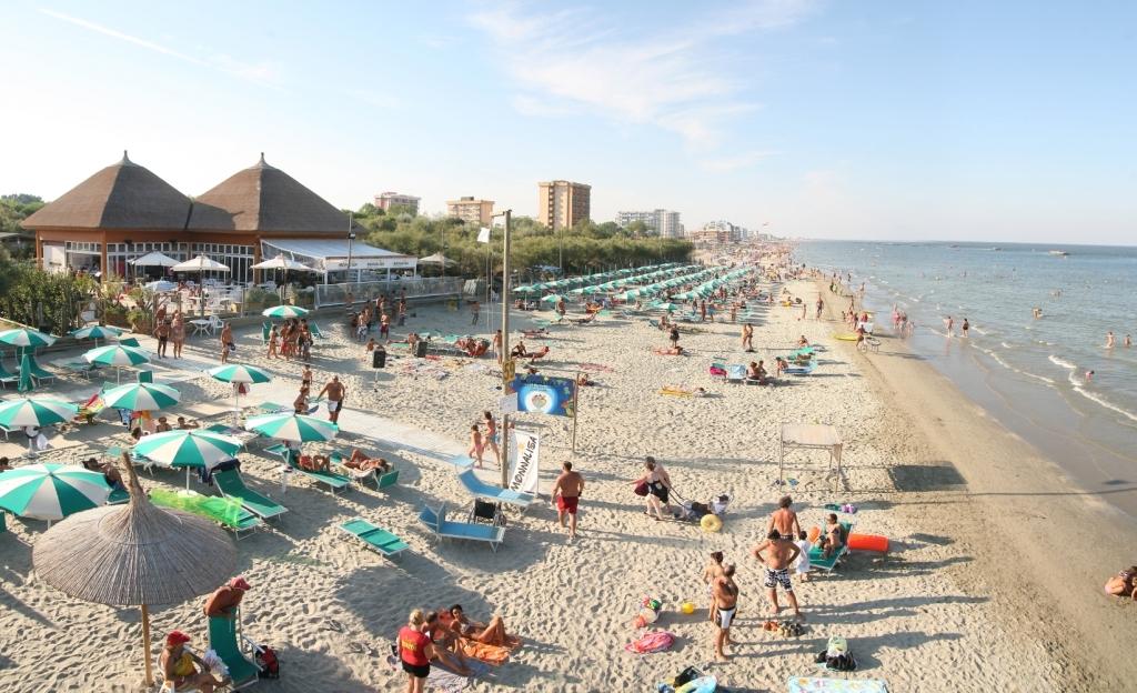 Spiagge per cani rimini riccione e emilia romagna - Bagno di romagna provincia ...