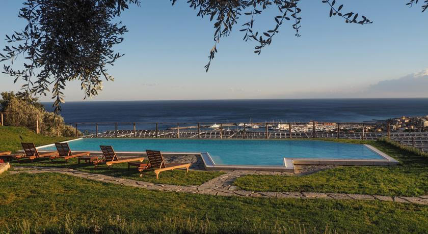 Vacanze con il cane al mare liguria pietra ligure - Agriturismo liguria con piscina ...