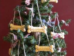 Biscotti da appendere all'albero per cani | Ricette e Consigli
